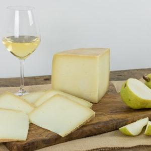 formaggio-semi-stagionato-castelluccio